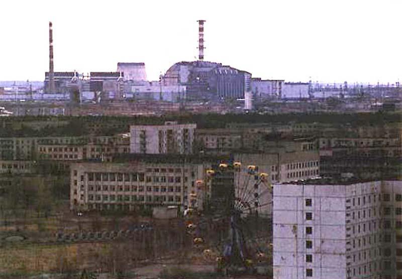 TCHERNOBYL: CONSEQUENCES POUR L'HOMME ET LA NATURE (YABLOKOV, NESTERENKO) dans REFLEXIONS PERSONNELLES 23Pripiat_abandonne
