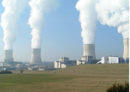 NUCLEAIRE FRANCAIS: LA CULTURE DE LA SECURITE EN VOIE DE DISPARITION dans REFLEXIONS PERSONNELLES centrale-nucleaire-t7183