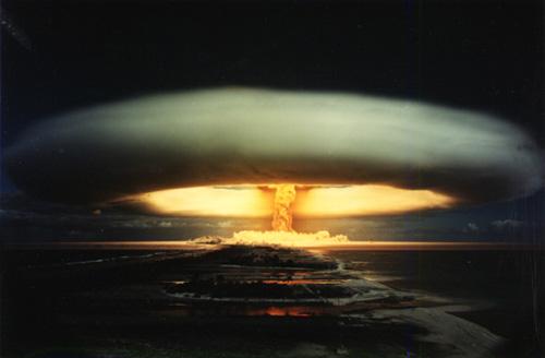 """Résultat de recherche d'images pour """"image du feu nucléaire"""""""