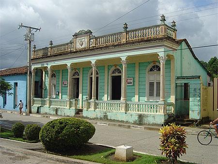 CUBA-4 POLITIQUE