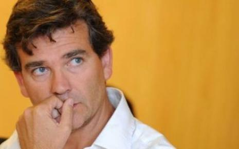 TVA OU CSG, THAT COULD BE THE QUESTION ! (Matthieu ADENIL / BAKCHICH) dans REFLEXIONS PERSONNELLES MONTEBOURG
