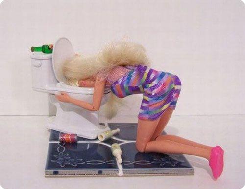 INDUSTRIE DU JOUET: LA POUPEE BARBIE AURAIT-ELLE DES PENCHANTS ESCLAVAGISTES ? ( Ivan DU ROY / Nolwenn WEILER / bastamag.net) dans REFLEXIONS PERSONNELLES barbie_000