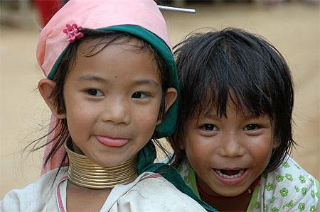 L'UNICEF DENONCE LES ATTAQUES CONTRE LES ENFANTS DANS LE SUD DE LA THAÏLANDE dans REFLEXIONS PERSONNELLES enfants
