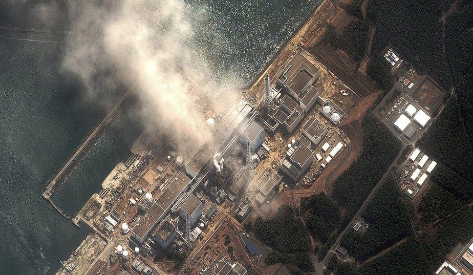 LETTRE OUVERTE DE NEUF PRIX NOBEL DE LA PAIX AUX DIRIGEANTS DU MONDE (Réseau Sortir du Nucléaire) dans REFLEXIONS PERSONNELLES fukushima_galleryphoto_paysage_std