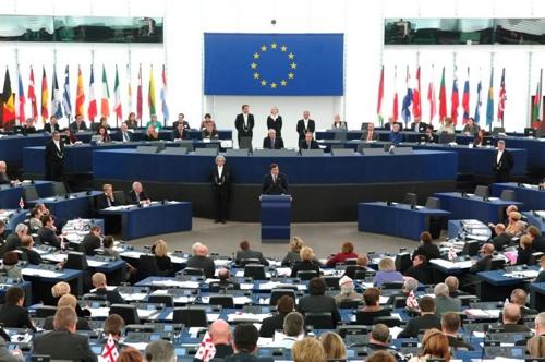 TRANSPARENCE. 2013: ANNEE EUROPEENNE DES CITOYENS...OU DES LOBBYISTES (Gildas JOSSEC / bastamag.net) dans REFLEXIONS PERSONNELLES europe
