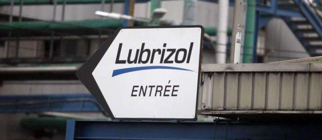 GAZ TOXIQUE A ROUEN: LES AUTORITES ONT-ELLES ETE LAXISTES ? (Agnès ROUSSEAUX et Ivan DU ROY / bastamag.net) dans REFLEXIONS PERSONNELLES lubrizol
