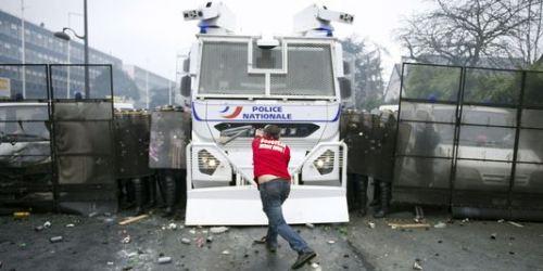 COMBAT OUVRIER CONTRE LES LICENCIEMENTS ET LA REPRESSION BOURGEOISE (Mohamed BELAALI / http://www.collectifcontrelespatronsvoyous.com) dans REFLEXIONS PERSONNELLES ouvriers