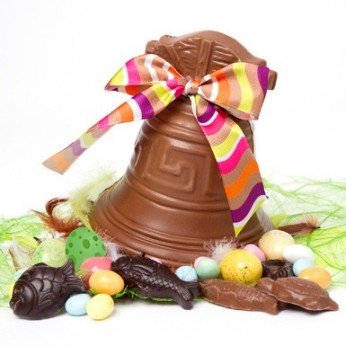 ON EST TOUS CHOCOLAT...(Le Canard Enchaîné / Mercredi 27 mars 2013) dans REFLEXIONS PERSONNELLES cloche-paques-chocolat