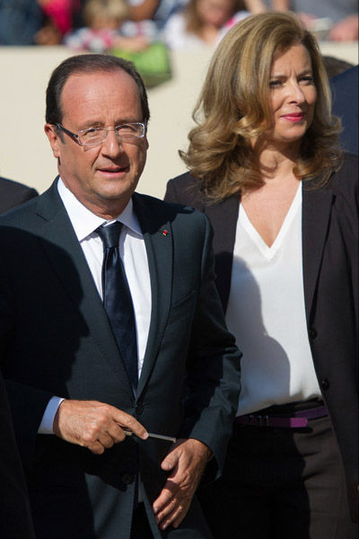 EXCLUSIF: FRANCOIS HOLLANDE VIENT D'EPOUSER VALERIE TRIERWEILER CE DIMANCHE 31 MARS 2013 A L'ELYSEE  dans REFLEXIONS PERSONNELLES hollande