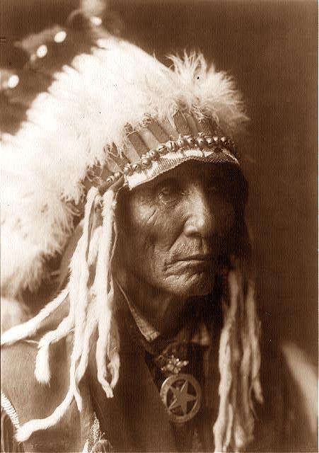 LES TRIBUS SIOUX SAUVEGARDENT LEUR TERRE SACREE (Indian Country / Gitpa) dans ENREGISTREMENTS SONORES indian