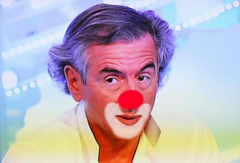 BHL est un clown