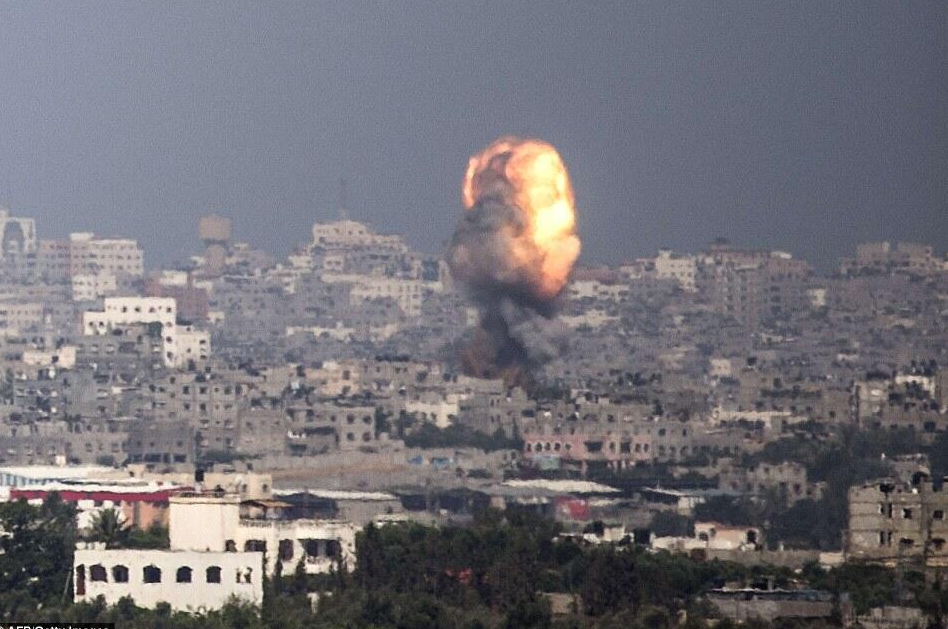 Bombardement UA sur GAZA
