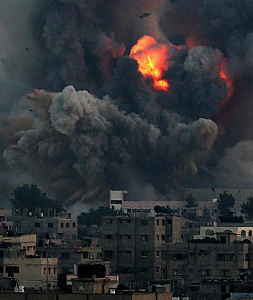 Explosion d'armes à l'URANIUM appauvri à GAZA Photo de Mohammed SABER