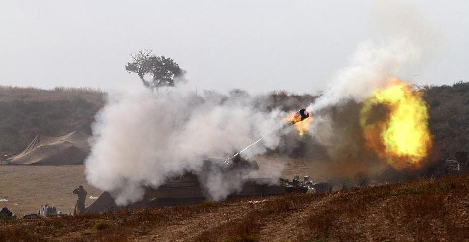 Tir d'obus d'un char israélien