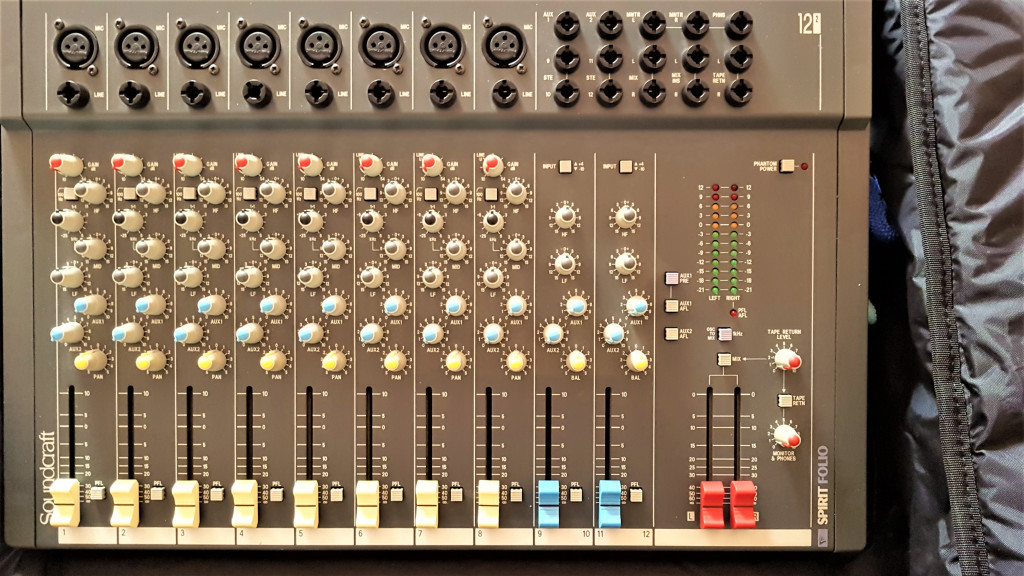 Table mixage Soundcraft Spirit Folio